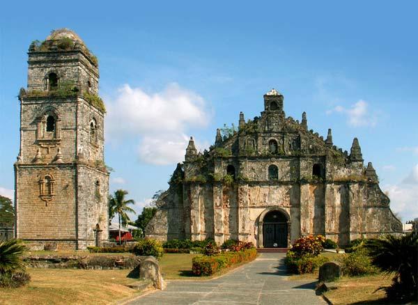 50-Extraordinary-Churches-Paoay