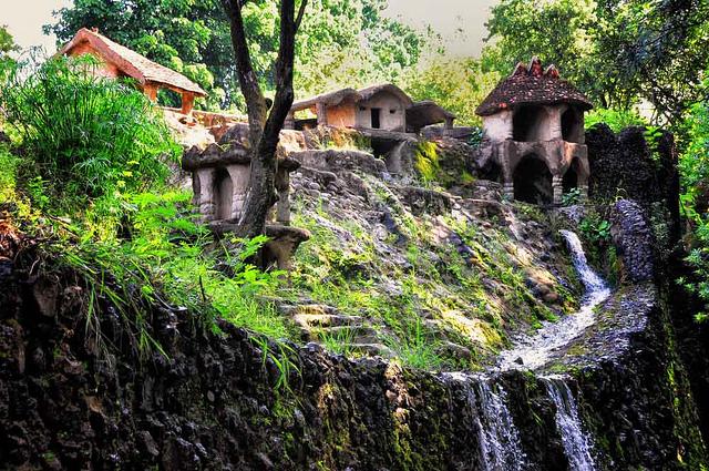 Vườn đá Nek Chand độc đáo