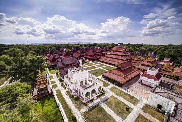 Thăm cố đô Mandalay cổ kính