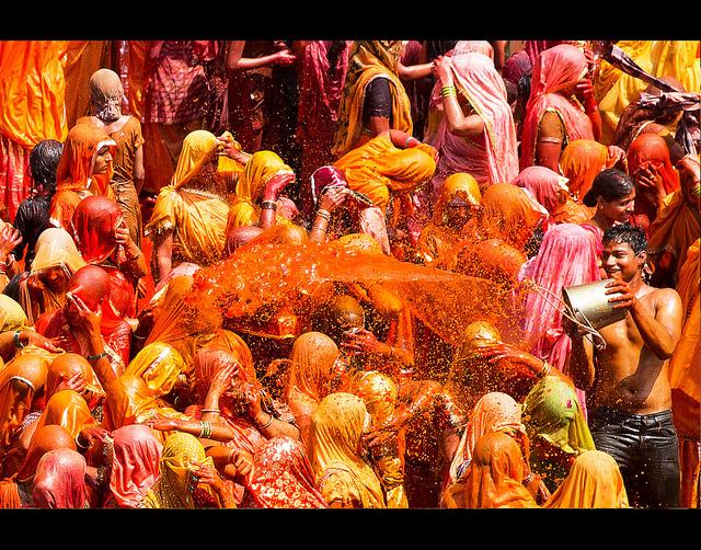 Holi - cuộc chiến đầy màu sắc ở Ấn Độ