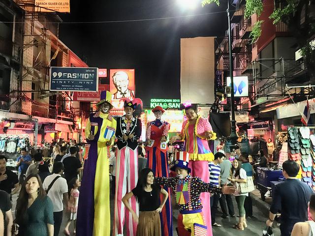 Khao San - thiên đường cho khách du lịch bụi