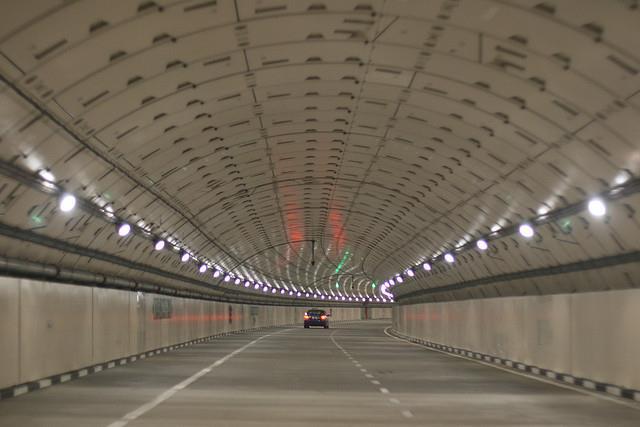 Hầm giao thông