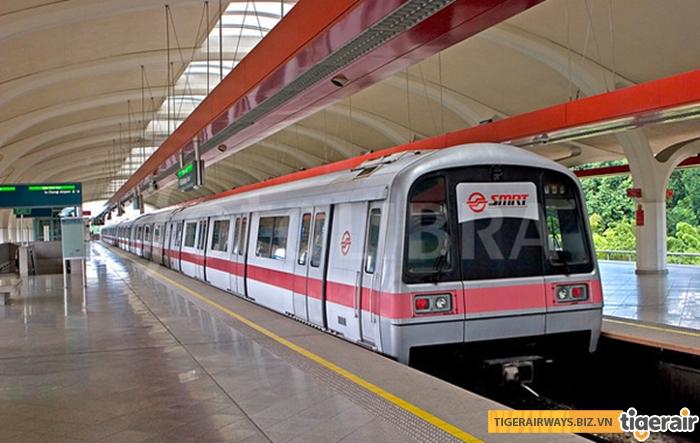 MRT ở Singapore rất hiện đại và tiết kiệm