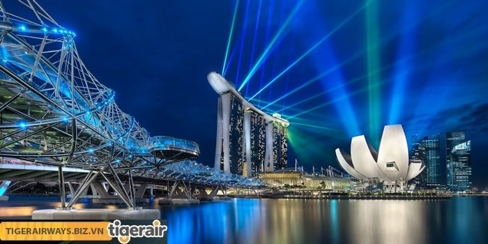 Xem trình diễn ánh sáng ở Marina Bay Sands